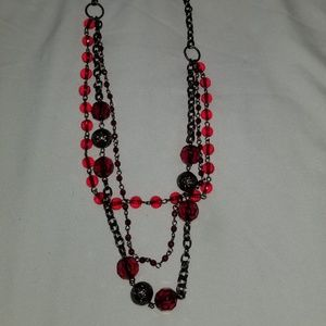 Jewelry - Red layered necklace